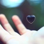 Tiga Hal yang Kerap Terlupakan Tentang Kasih