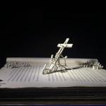 #ruangsenikamu: Di Kaki Salib