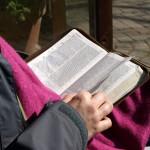 5 Hal yang Menolongku Bertekun Membaca Alkitab