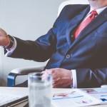 5 Tips Menghadapi Bos yang Menyebalkan