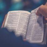 Dari Kejadian Sampai Wahyu, Pengalamanku Membaca Habis Alkitab dalam Setahun