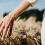 Jangan Hidup Hanya Supaya Bisa Menikah. Hiduplah untuk Hidup Itu Sendiri.