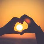Ketika Kisah Cinta Kami Berjalan Keliru