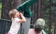 Hubble, Kebun Binatang, Dan Nyanyian Anak
